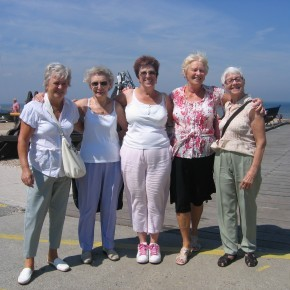 New Ageactivity 60+ Club Opens