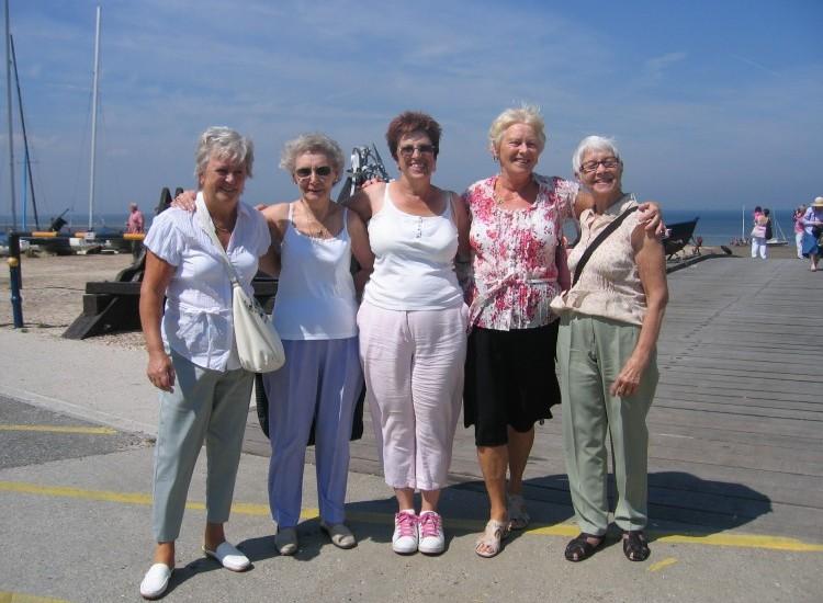 New Ageactivity 60+ Club Opens